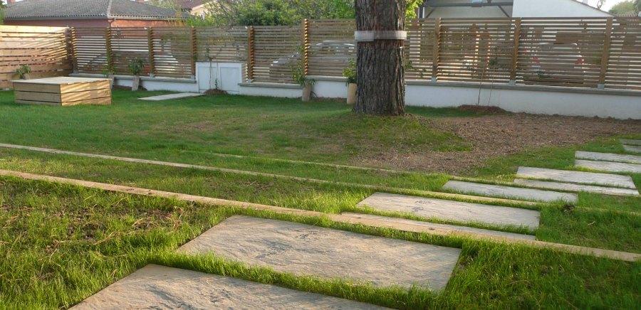 Gazon constans paysage for Vide jardin tournefeuille 2015